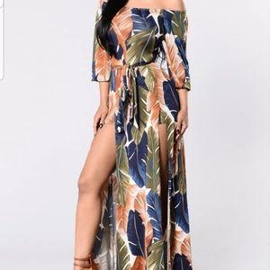 💄 Fashion Nova Maxi w/Shorts